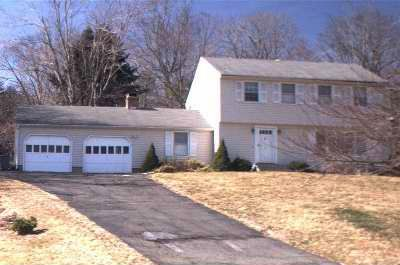 123 Linden Ave., LLC and 2 Blossom Lane to Tracey W. Odle, 61 Brentwood Drive, $324,000.