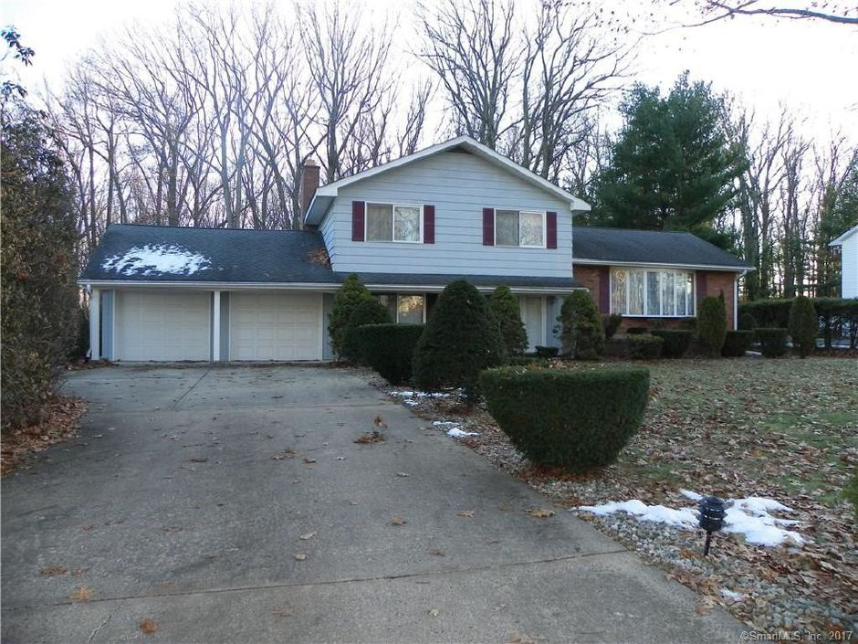 Leanna Angelo to Gregory Johnson, 422 Hart St., $279,000.