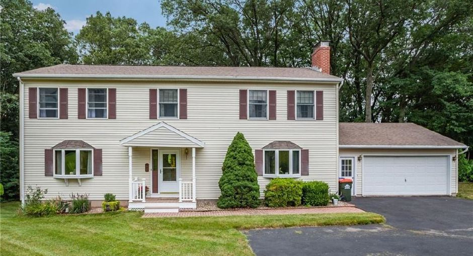Kyle J. and Maura Curtis to David and Dawn Polletta, 61 Fieldcrest Drive, $330,000.