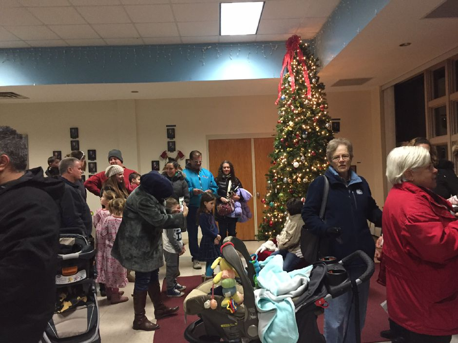 Plainville Tree Lighting and Holiday Stroll event, Dec. 2016. |Ashley Kus, The Citizen