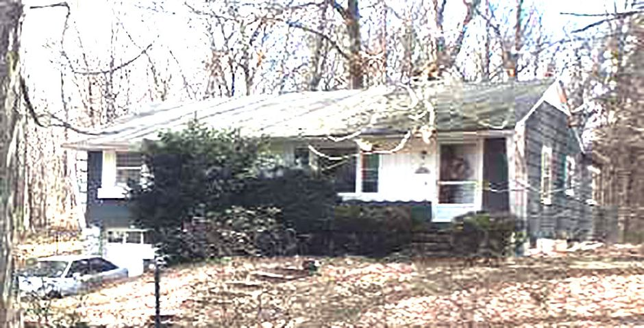 Denise L. Race and Donald J. Race to Abbie K. Baker, 400 Maple Ave., $293,750.