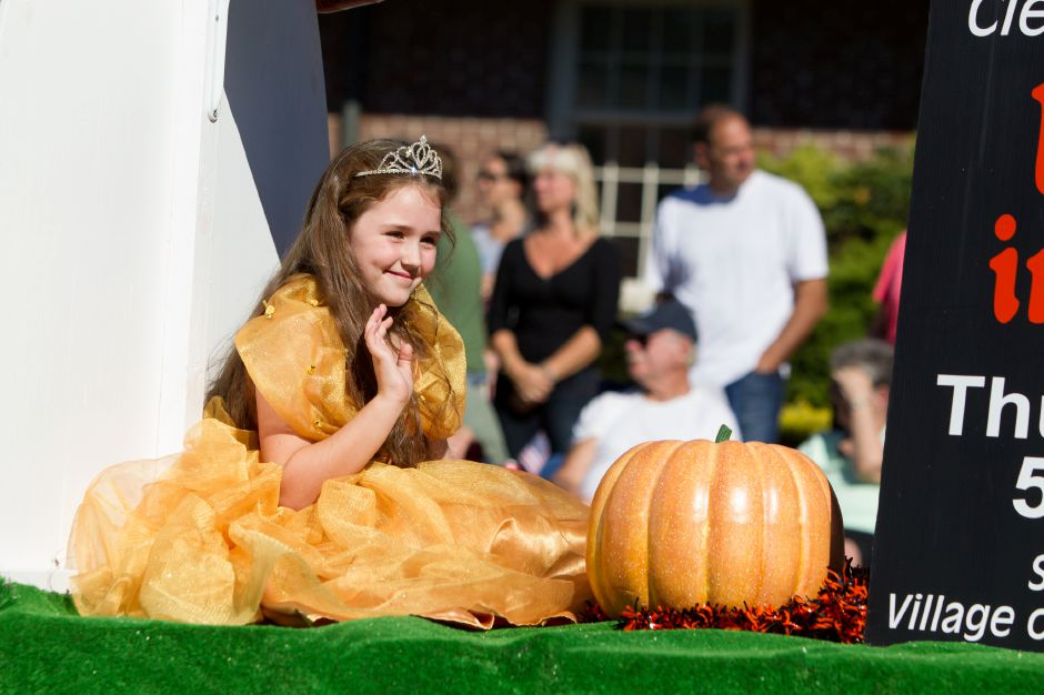 Apple Harvest Festival, Sept. 28-30, Oct. 5-7, downtown Southington.