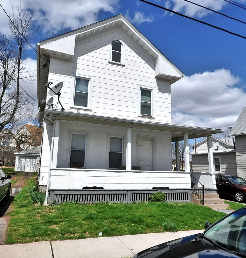 FT Larosa and Mariella Larosa to Emilio Amill, 33 South Ave., $162,000.