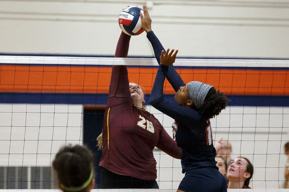 Caitlyn Hunt led Sheehan to a 3-0 victory over Hamden on Friday night. | Justin Weekes / Special to the Record-Journal