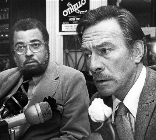 "James Earl Jones, left, who plays Othello in a Peter Coe production of the Shakespeare masterpiece sits with co-star Christopher Plummer who portrays Iago, Oct. 25, 1981 in Boston. ""Othello"" is to play in Boston through November 7 and will open on Broadway in February. (AP Photo)"