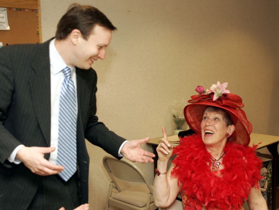 State Sen. Chris Murphy chats with Marge Breen during a meeting of the Cheshire Women