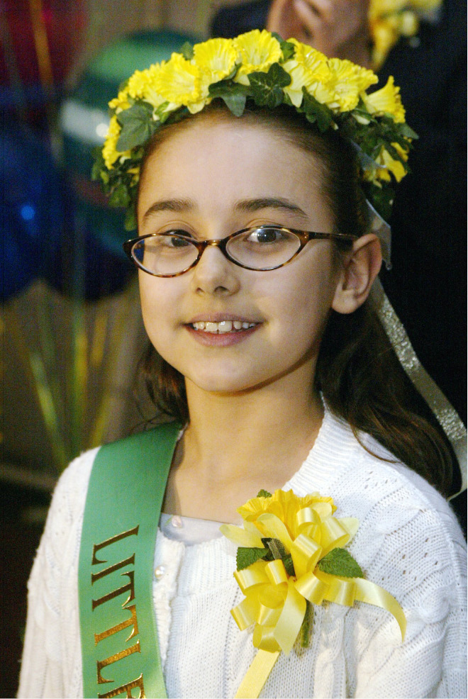 Little Miss Daffodil for 2004 Alexis Crespo of Mt. Carmel School, Wed., April 21.