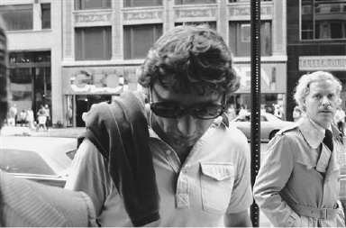Joe Namath arrives at the Manhattan offices of the New York Jets to begin negotiations, Wednesday, July 17, 1975 in New York. Namath has said he would like to play with the Jets two more years. The team has offered him $1 million, but for a duration of three years. The agreement was reached after a two hour meeting, according to Phil Islin, the club?s president. (AP Photo/Marty Lederhandler)