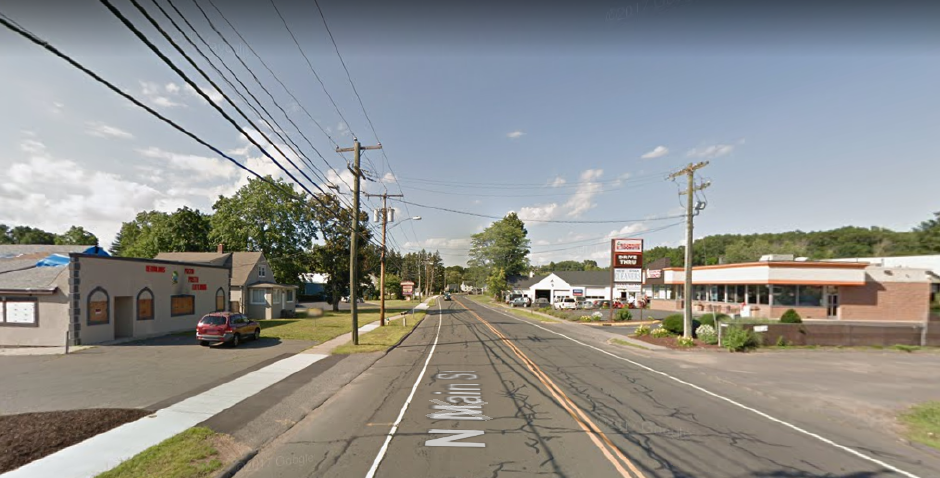 One person killed in Southington car crash
