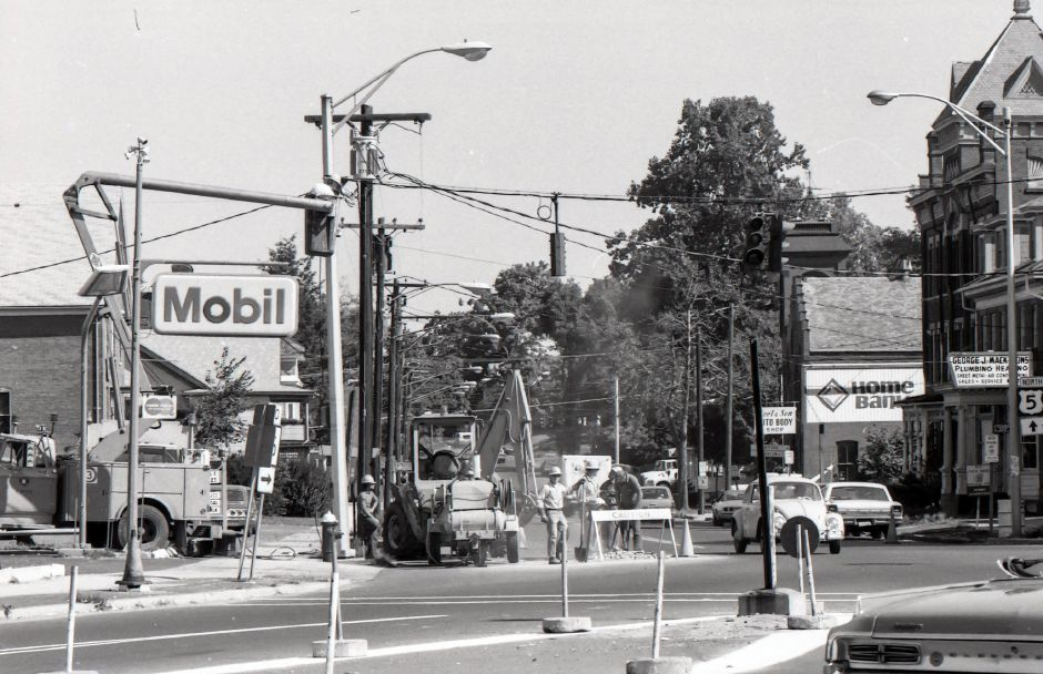 Road work on Route 5 near East Main Street in Meriden, 1975.