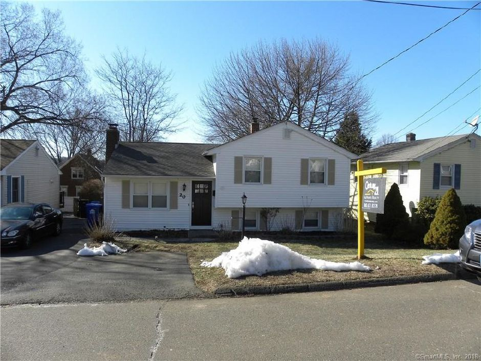 Peter Ward and Alyssa Ward to Jennifer Belanger, 20 3rd St., $182,500.