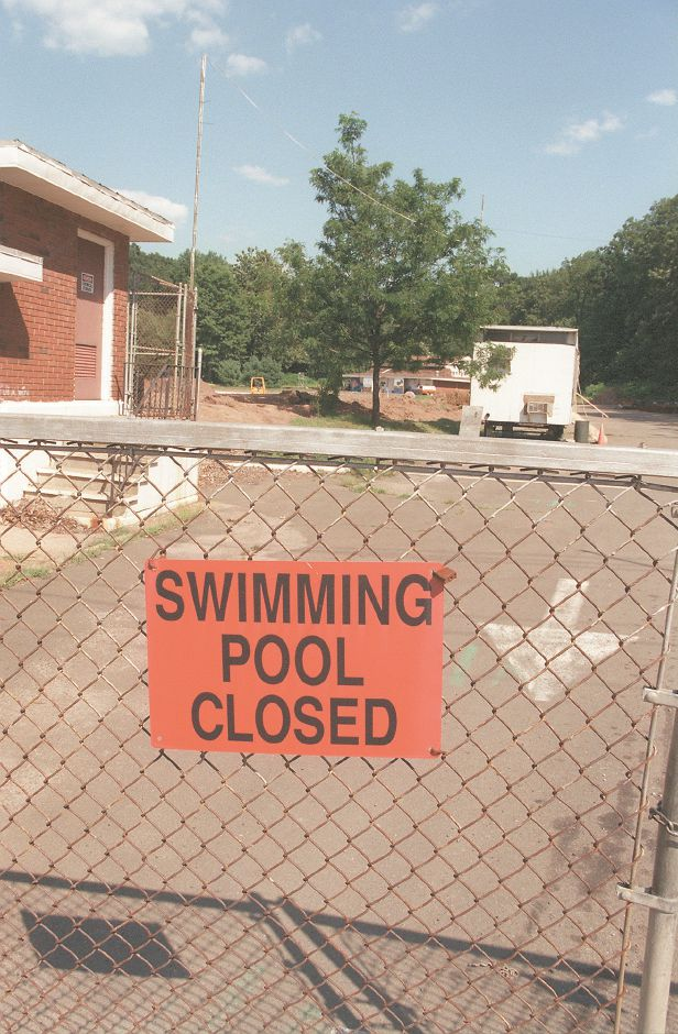 RJ file photo - The Community Pool work site in Wallingford, Aug. 1998.