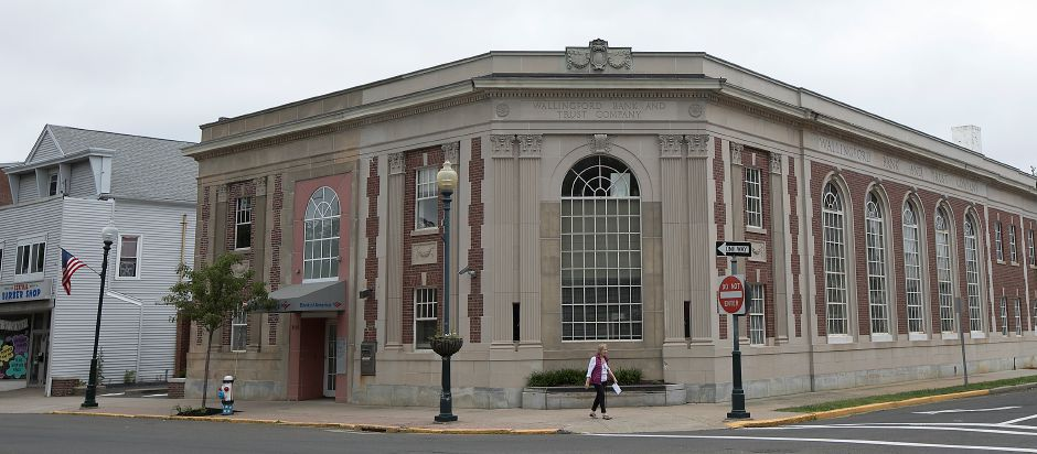 Bank of America at 100 Center St. in Wallingford, Wednesday, June 13, 2018. The branch will close later this year, officials said Wednesday. Dave Zajac, Record-Journal