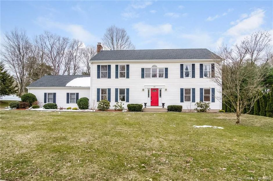 Guy Distefano and Christina Distefano to Robert Lambrecht nad Jeanine Lambrecht, 45 Trout Brook Road, $461,000