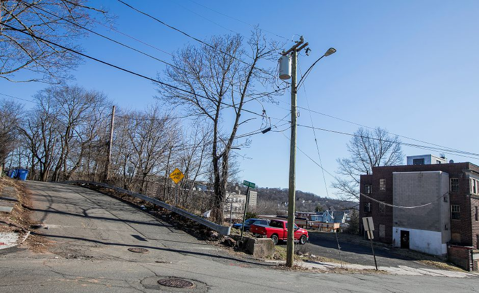 Maple Branch, left, off Maple Street in Meriden, Tuesday, February 27, 2018. The Meriden Housing Authority has selected a development partner to build 45 market rate apartments on the corner of Maple Branch and Maple Street. Dave Zajac, Record-Journal