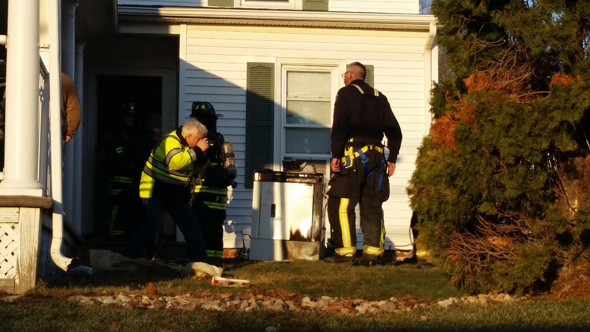 Emergency crews extinguished a fire at a Cheshire home on Thursday, Dec. 22. | Lauren Sievert, Record-Journal