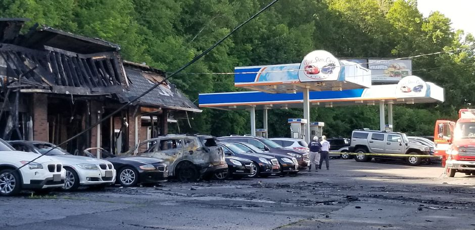 5 Star Auto >> Fire Marshal Car Dealership Total Loss After Weekend Fire
