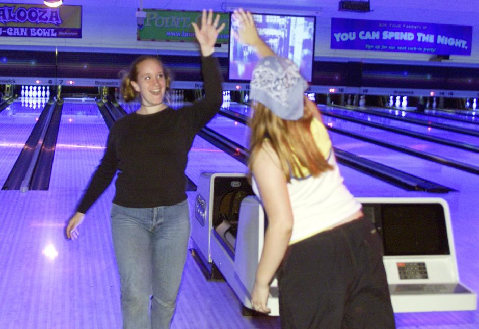 wallinford bowling center Grab the gang and head to bowlero wallington for a fun night of bowling, arcade & billiards or come chill out in our lounge area & sports bar.