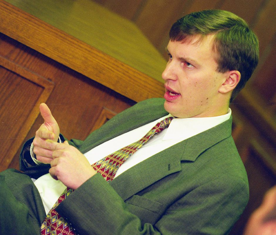 State Rep. Chris Murphy addresses the Southington Town Council Mon. night, Feb. 14, 2000.