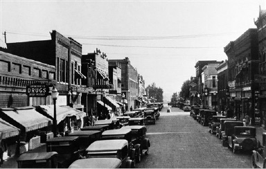 A view of the street is seen in Linton, Ind., Aug. 31, 1931.  (AP Photo)