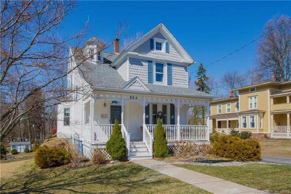 Brittany Spooner to Ashley Sedrowski, 254 Summit St., $245,000.