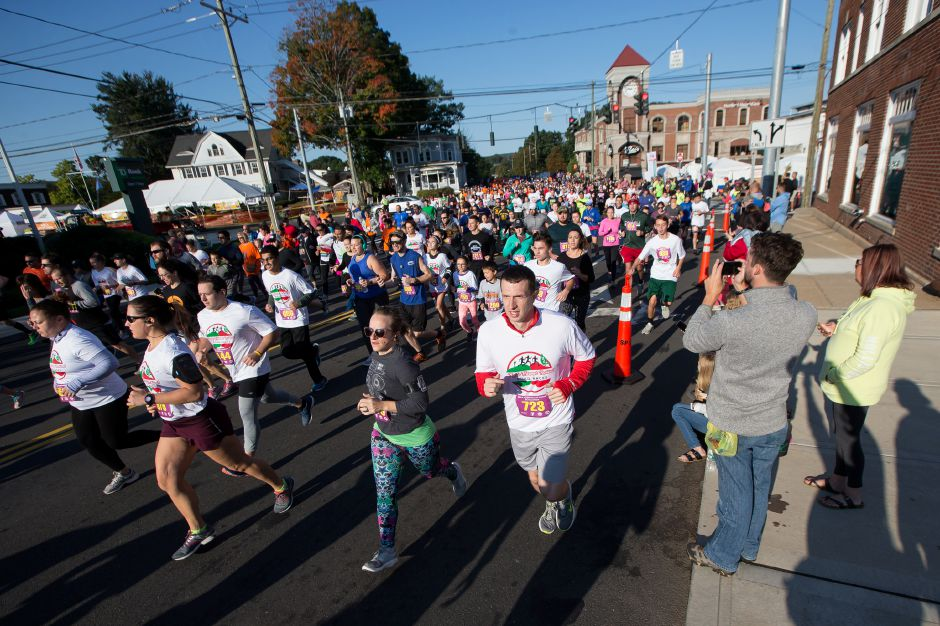 Sunday during the Apple Harvest Southington YMCA 5K and 5 mile road race in Southington September 30, 2018 | Justin Weekes / Special to the Record-Journal