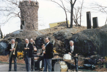 A band performs in front of Castle Craig during the 1986 Daffodil Festival. | Courtesy of the Daffodil Festival Committee