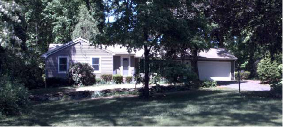 Oak Land Developers, LLC to Nicole A. Deangelo, 829 Laning St., $206,000.