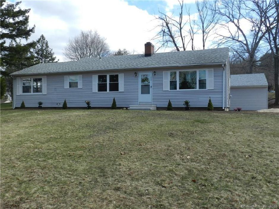 Stacy Ruocco and Colleen Bergantino to Christopher Cushion and Suzanne Cushion, 20 Sachem Road, $270,500.