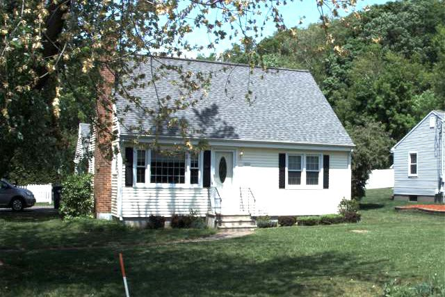 Kenneth R. and Stacy A. Wilcox to Mary B. Whalen, 259 Carter Lane, $224,900.