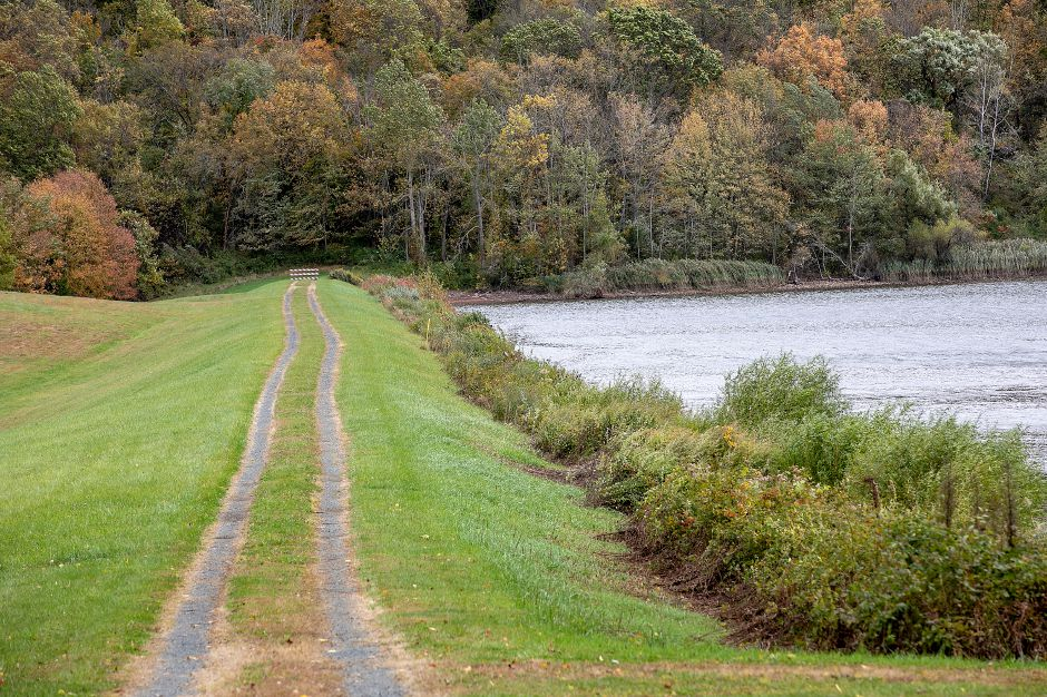 A gravel road to the dam at Ulbrich Reservoir off North Branford Road in Wallingford, Thurs., Oct. 17, 2019. Dave Zajac, Record-Journal