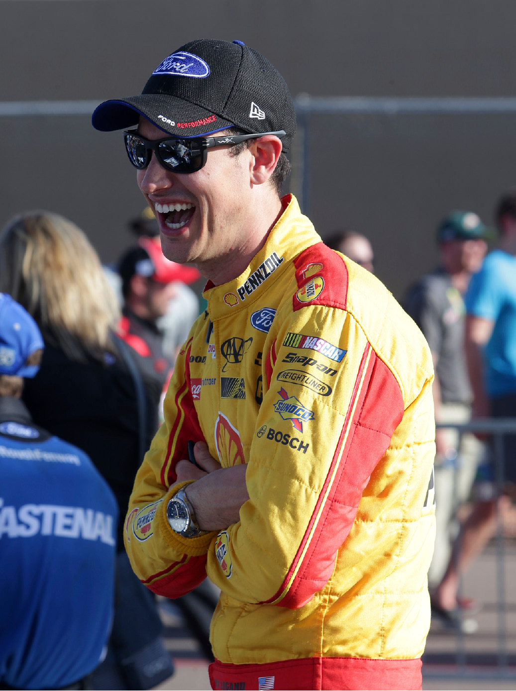 Middletown's Joey Logano waits Friday to qualify for today's NASCAR Cup Series race in Avondale, Ariz. | Associated Press