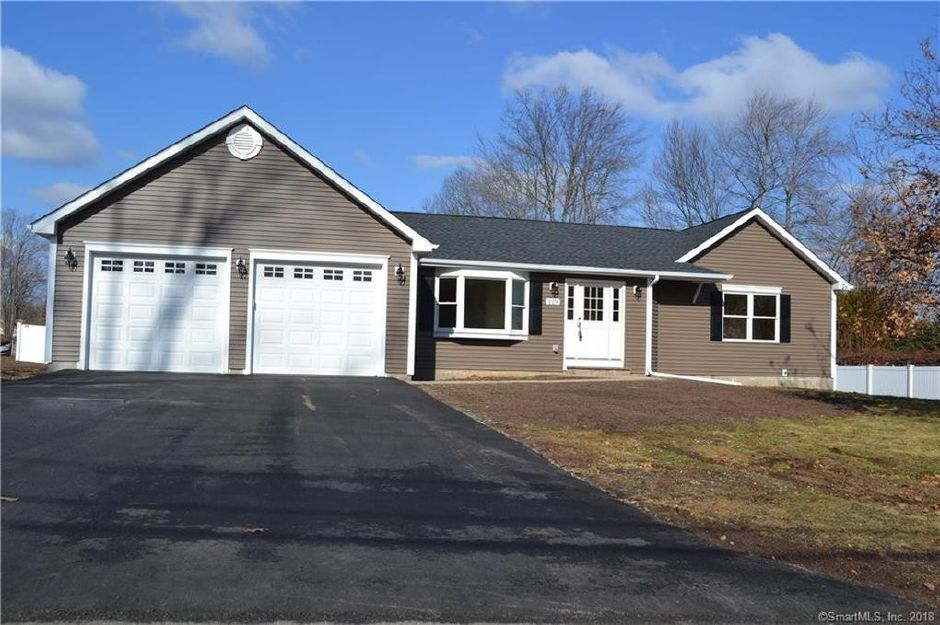 Jonnic Enterprises LLC to Brian Jankowski and Nancy Jankowksi, 229 Wonx Spring Road, $292,500.