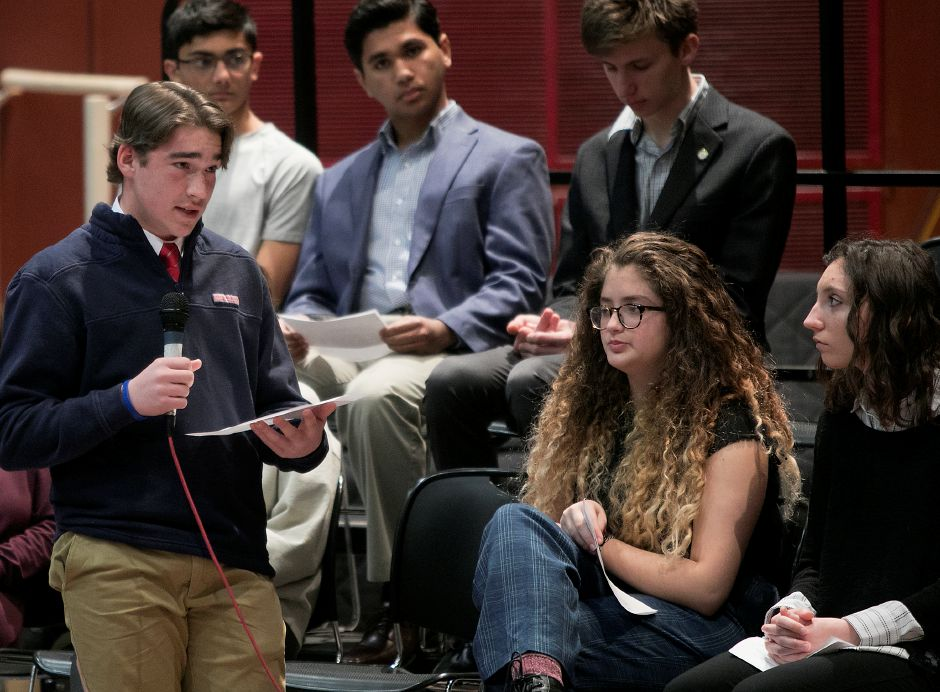 Sophomore Jacob Pesce, 15, asks Congresswoman Elizabeth Esty (CT-5) a question during a discussion on gun violence prevention and school safety at Cheshire High School, Monday, March 19, 2018. Dave Zajac, Record-Journal