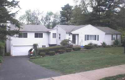 Anthony and Lynne Jefferies, trustees to Bruce H. and Deborah E. Kosa, 65 Crescent Circle, $275,000.