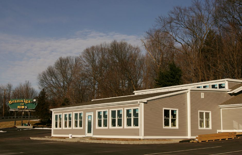 The former Brannigans restaurant in Southington has been taken over by the Aqua Turf Club. (Dave Zajac/Record-Journal)