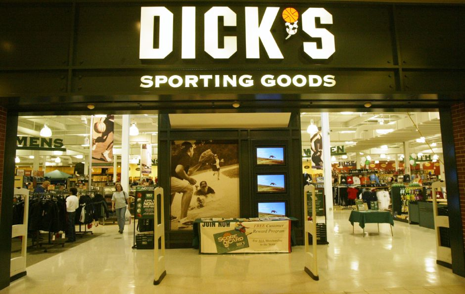 Meriden police: Dick's Sporting Goods employee stole, fraudulently marked  down items