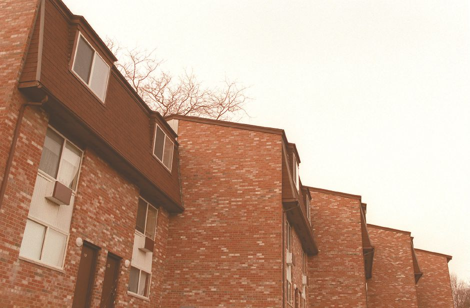 RJ file photo - Carabetta properties The Crestwood Apartments, Dec. 1998.
