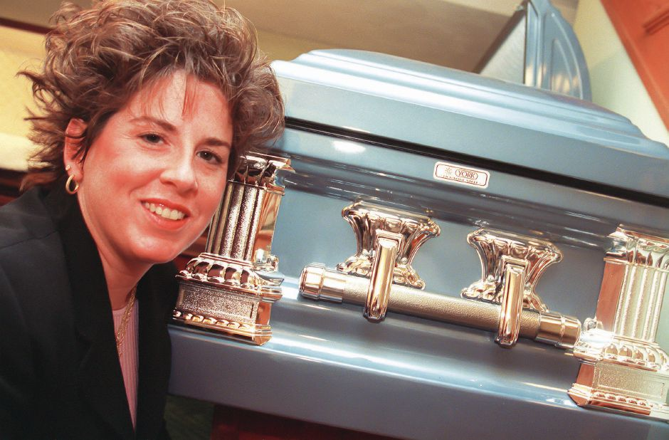 RJ file photo - Sherri Sciota, director of Stempien Funeral Home at 450 Broad St. in Meriden, Dec. 1998.