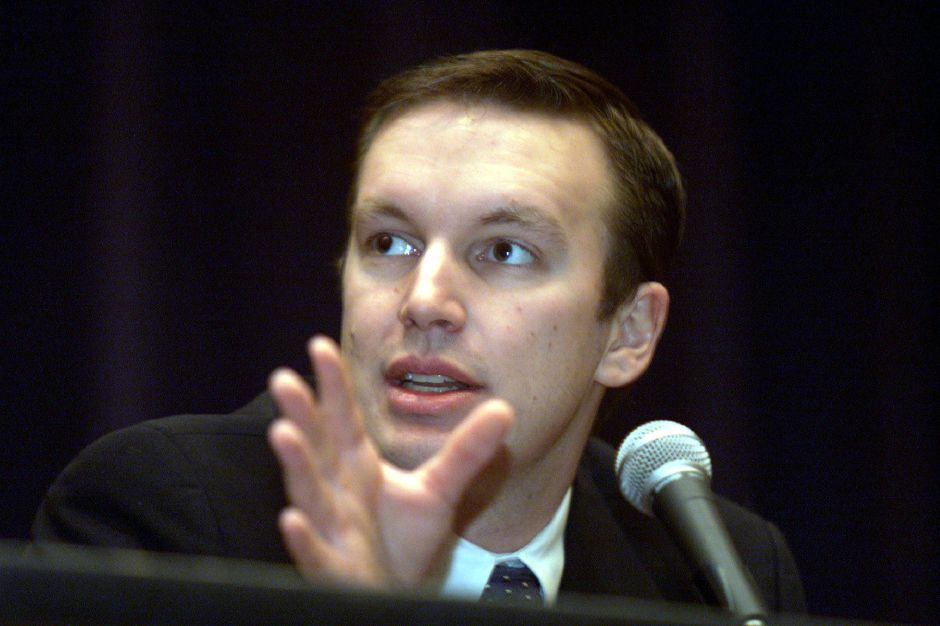 State Representative Chris Murphy moderates a forum on legalization of marijuana at Southington High School Tuesday afternoon January 29, 2002.