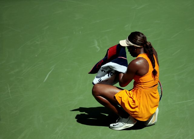 Sloane Stephens pauses to wipe her face during a match against Anastasija Sevastova, of Latvia, during the quarterfinals of the U.S. Open tennis tournament, Tuesday, Sept. 4, 2018, in New York. (AP Photo/Andres Kudacki)