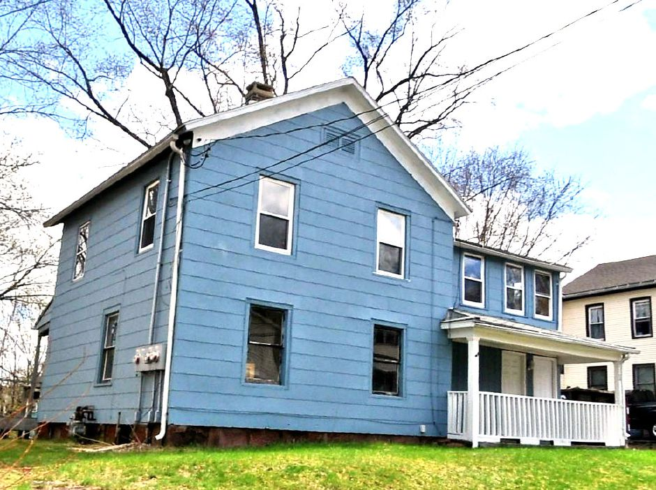 Scott A. Curtiss to Aieshia Baldwin, 18 N. Third St., $146,000.