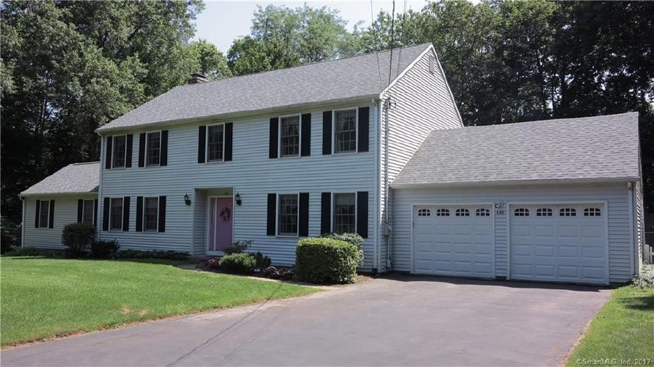 Paul Carrano to Paul Robinson Jr., 148 Merwin Circle, $375,000.