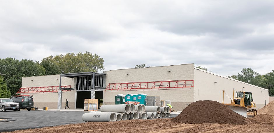 Tractor Supply Co  slated to open Wallingford store in November