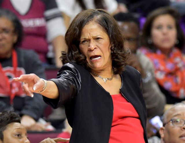 Rutgers head coach C. Vivian Stringer directs her team during the second quarter of an NCAA college basketball game against Central Connecticut, Tuesday, Nov. 13, 2018, in Piscataway, N.J. (AP Photo/Bill Kostroun)