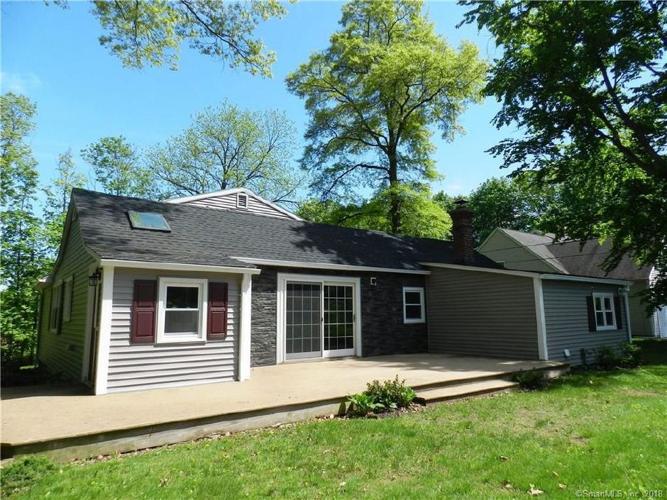 Principled Properties to John Esposito and Barbara Esposito, 74 Belridge Road, $240,000.