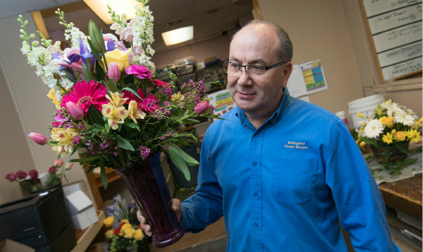 Wallingford flower shop busy building bouquets for Mother's Day