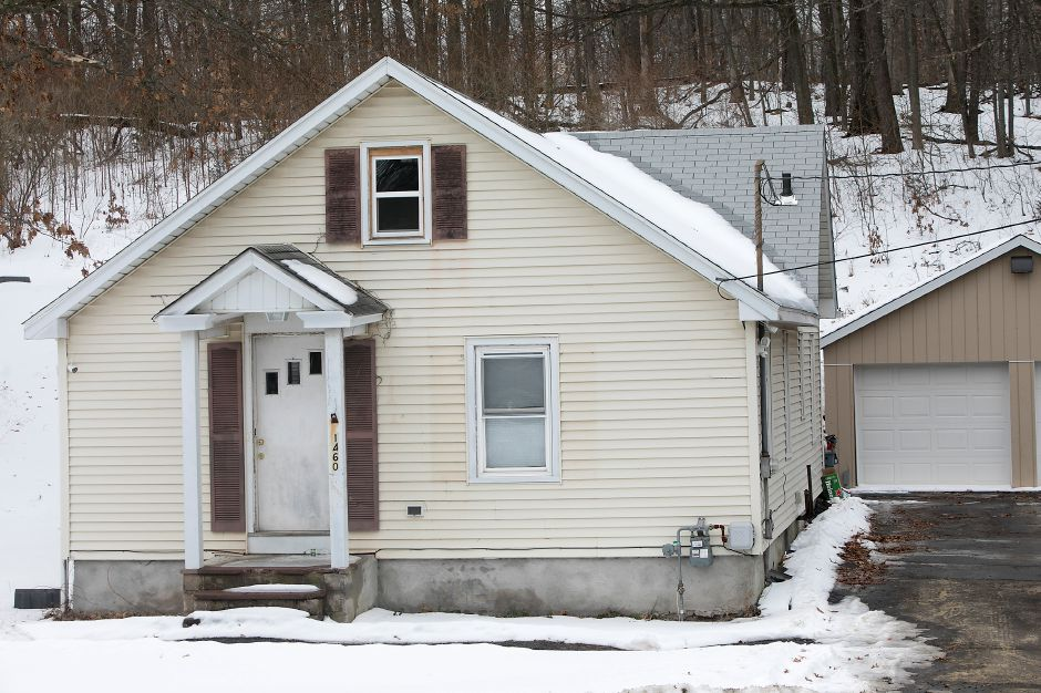 A house at 1460 N. Broad St. in Meriden, Thursday, Jan. 11, 2018. The Carabetta Companies is seeking a zone change to allow it to build several apartments in this area of North Broad Street. Dave Zajac, Record-Journal