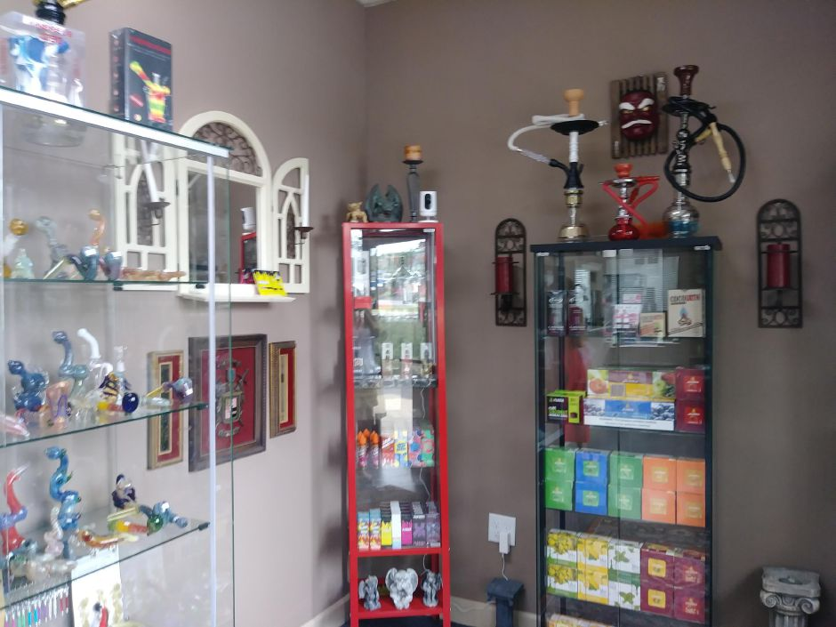 Hookah and vibe kits are sold at Casanova Ink at 775 North Colony Road in Wallingford, Friday August 31, 2018. Jeniece Roman, Record-Journal.
