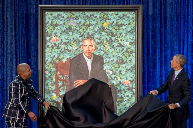 Former President Barack Obama, right, and Artist Kehinde Wiley, left, unveil Obama